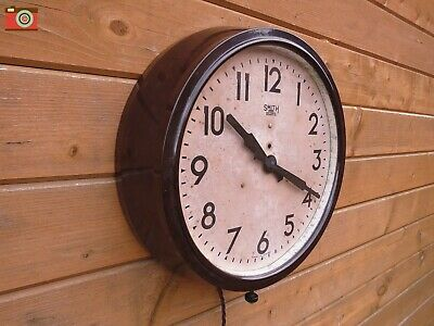 Restored Vintage Smith Sectric Electric Wall Clock, Bakelite. Original & Lovely