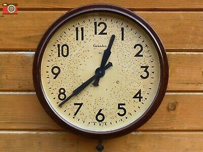 Vintage Large Genelex Electric Wall Clock, Bakelite. Restored. Lovely