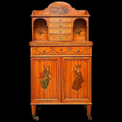 19th Century Superb Satinwood Edwardian English Ladies writing Desk.