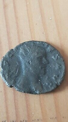 Ancient Roman bronze emperor Augustus 20mm 2g c270AD