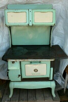 Nice Victor Antique Cooking Stove Wood