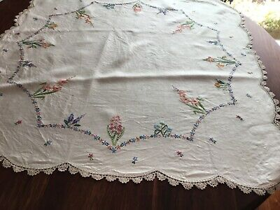 Vintage Linen Hand Embroidered Crochet TABLECLOTH Floral