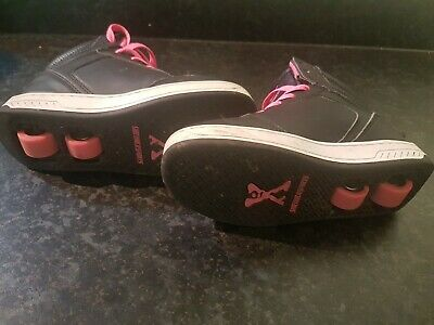 Sidewalk Sports Heelys Girls Size 2 - Black and Pink