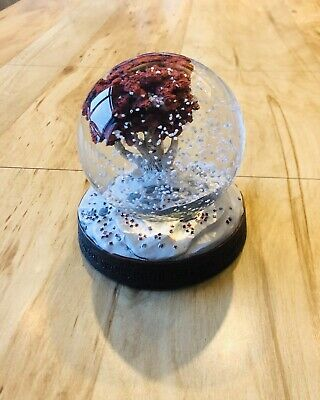 Dark Horse Deluxe Game Of Thrones Collectable Weirwood Tree Snow Globe - Rare