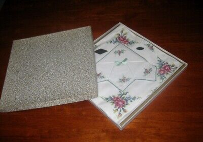 Vintage Hand Embroidered Supper Cloth &  4 Matching Napkins ~ Cotton ~New In Box