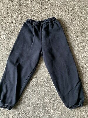 """Navy Joggers 26"""" Approx 6/7yrs"""