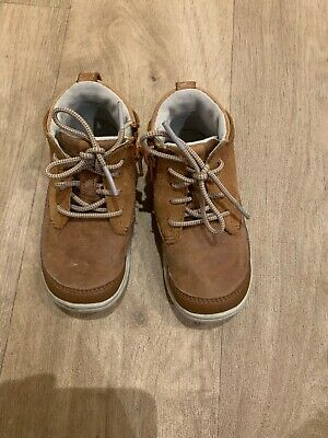 Boys Clarks Boots/Zip Up Shoes Size 6.5 G ~ First Shoes ~ Infant