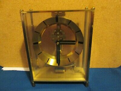A Kundo Electronic Electro Magnet Clock With Swinging Pendulum Spare Parts