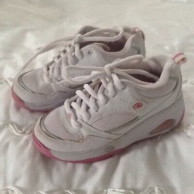 Girl's Heelys White and Pink Trainer Shoes with Wheel Size UK 13 EUR 32