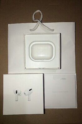 Apple AirPods Pro with wireless charging case - White