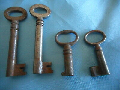 4  antique barrel keys, 2 small very old for box, desk etc. 2 not as old.