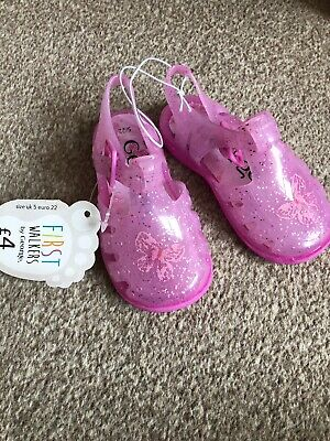 baby girl Infant Size 5 Pink Sandals Butterfly Jelly