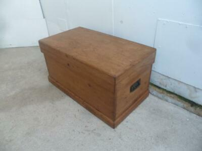 A Lovely Small Antique/Old Pine Victorian Coffer Blanket Box/Coffee Table