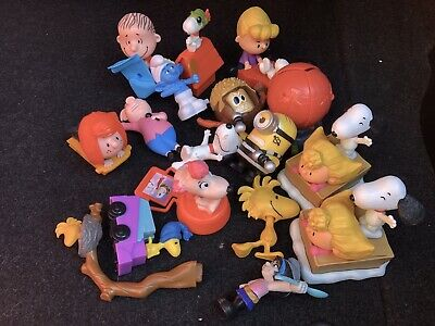BULK McDonalds HAPPY MEAL Toys Mixed Snoopy, Smurfs, Minion