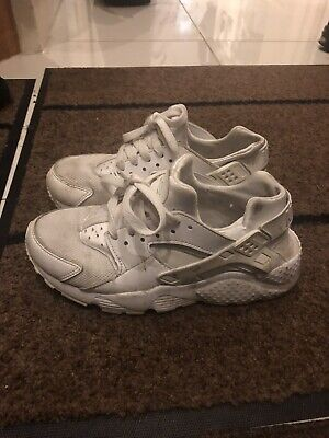 Womens Size 4 Nike Huarache Trainers White Pearl  Iridescent Laces. Please Read