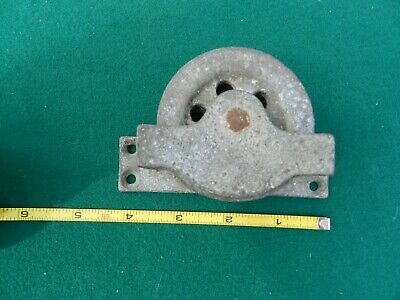 """Vntage  LARGE 4""""  GALVANIZED STEEL DECK PULLEY"""