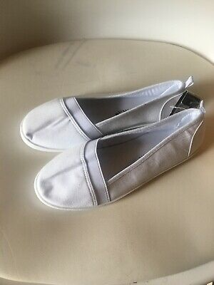 Primark girls white canvas pumps size 3 brand new with tags
