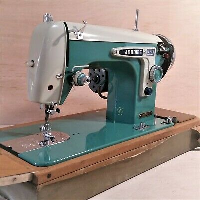 Rare Vintage Janome 270 Streamliner Straight Stitcher BEAUTIFUL Sewing Machine