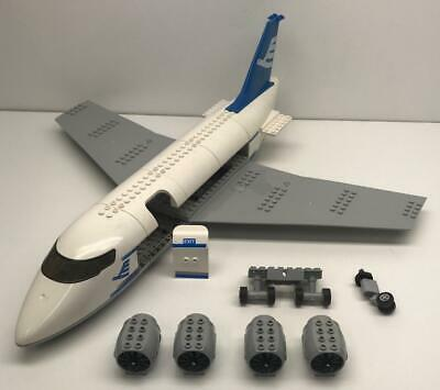 city airport wings cockpit fuselage tail 3181 Lego Airplane Starter Kit Lot