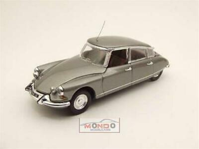 CITROEN DS 19 Pallas 1965 NERO BLACK 1:43 IXO