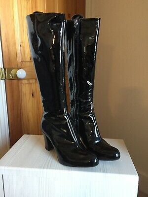 Clarks Patent Leather Black knee high boots size 6.5 Great Condition leather lin