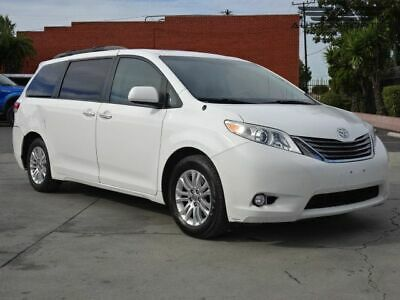 2014 Toyota Sienna XLE/XLE AAS/Ltd 2014 Toyota Sienna Salvage Damaged Vehicle! Priced To Sell! Wont Last! Must See!
