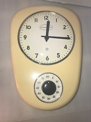Wall Kitchen Clock & Timer Retro 1960's Look Cream W/White Dial Works Great
