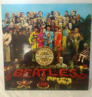 THE BEATLES Sgt. Peppers Lonely Hearts Club Band VINYL LP ALBUM with insert