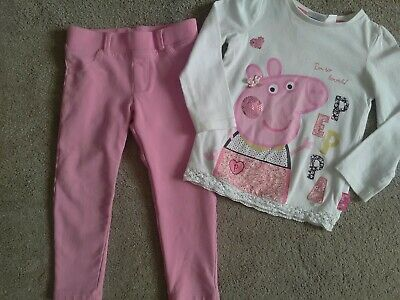 Girls pink trousers and a Peppa pig top age 2-4 years
