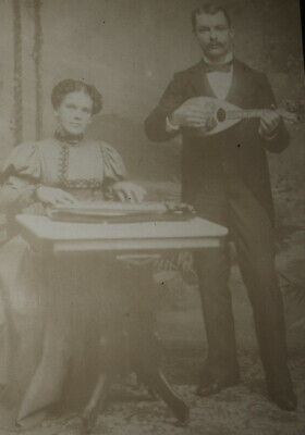 Faded Antique Cabinet Photo Of A Man & Woman Playing The Mandolin & Zither Ny Ny