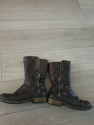 Girl's Clarks Boots.  Uk Size  13F.  Brown.  Zip On Side.  Vgc.
