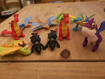How to train your dragon action figures (Mcdonalds)