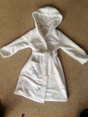 Marks & Spencer White Towelling Robe With Hood   Age 5/6