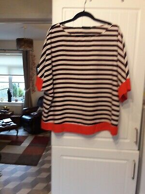 WALLIS top Red/Black and White Striped size Xl
