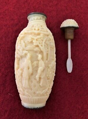 Vintage Cream Composite Snuff Bottle (with spoon C 1920 – 1930)