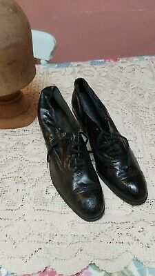 VINTAGE SHOES ANTIQUE EDWARDIAN BLACK LEATHER LADIES WARDROBE COSTUME lace ups.