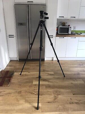 Manfrotto Gruppo 055B Professional Tripod With 141 RC head.