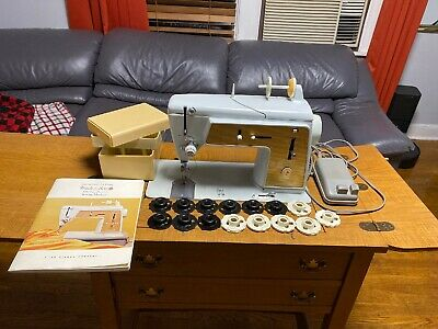 Vintage Singer Model 603E Touch & Sew Sewing Machine , Foot Pedal and cams