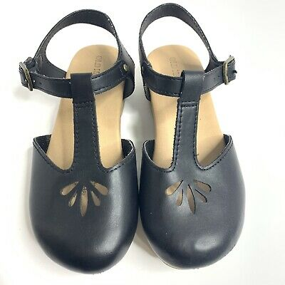 Old Navy Size 11 Girls Black Cut Out Faux Leather Sandals T-Strap Platform Clogs