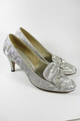 Vintage 60's Silver Metallic Mod Bow Loafer Heels Size 7 1/2 M  Evening