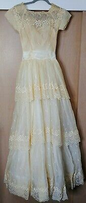 Vintage Wedding Dress Lace Tulle Handmade Unbranded One Of A Kind (see descript)