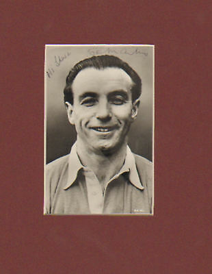 STANLEY MATTHEWS signed picture in display UACCRD  retirement sale