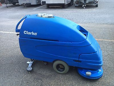 RECONDITIONED CLARKE FOCUS S28 Floor Scrubber under 700HR 60 day parts WARRANTY