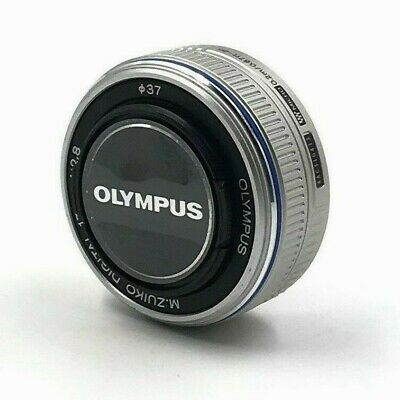 Olympus M.Zuiko 17mm f/2.8 Lens For M4/3 (Silver) in Excellent condition