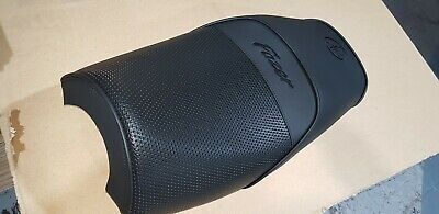 Yamaha FZS600 Fazer Replacement Seat Cover. 1998 to 2003