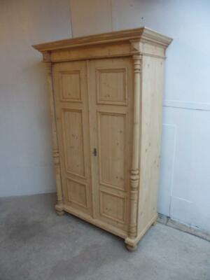 An Early Victorian Antique/Old Pine 2Door Column Knockdown Wardrobe to Wax/Paint