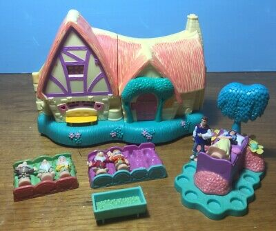 Disney Polly Pocket type/style Snow White House Figures Accessories