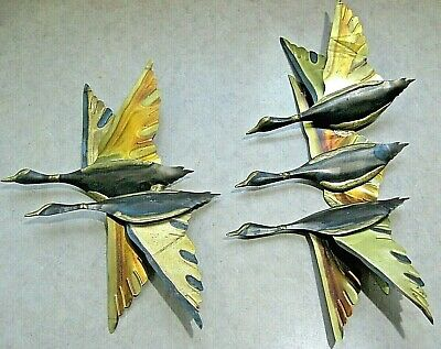 VTG Mid Century Retro Set of 2 Wall Flying Ducks Geese Brass Copper Metal Wings