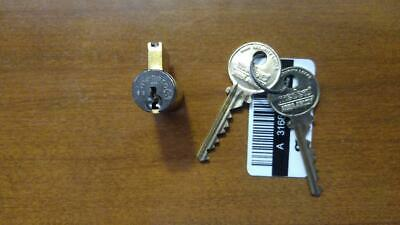 Medeco/Assa Abloy Classic Lock Cylinder with keys