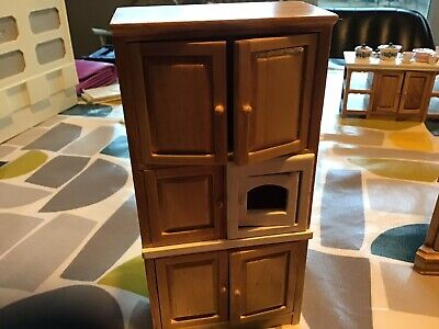 1/12 Dolls House Pine Kitchen Wooden Cupboards And Microwave Unit